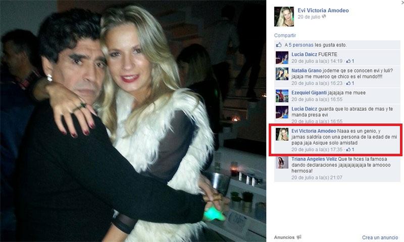 """Diego Maradona """"mimoso"""" con una joven señorita"""