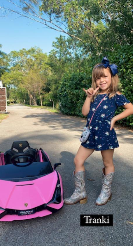 """La sorpresa de Rocío Guirao Díaz por el look de su hija Roma: """"¡Cree que tiene 20!"""""""