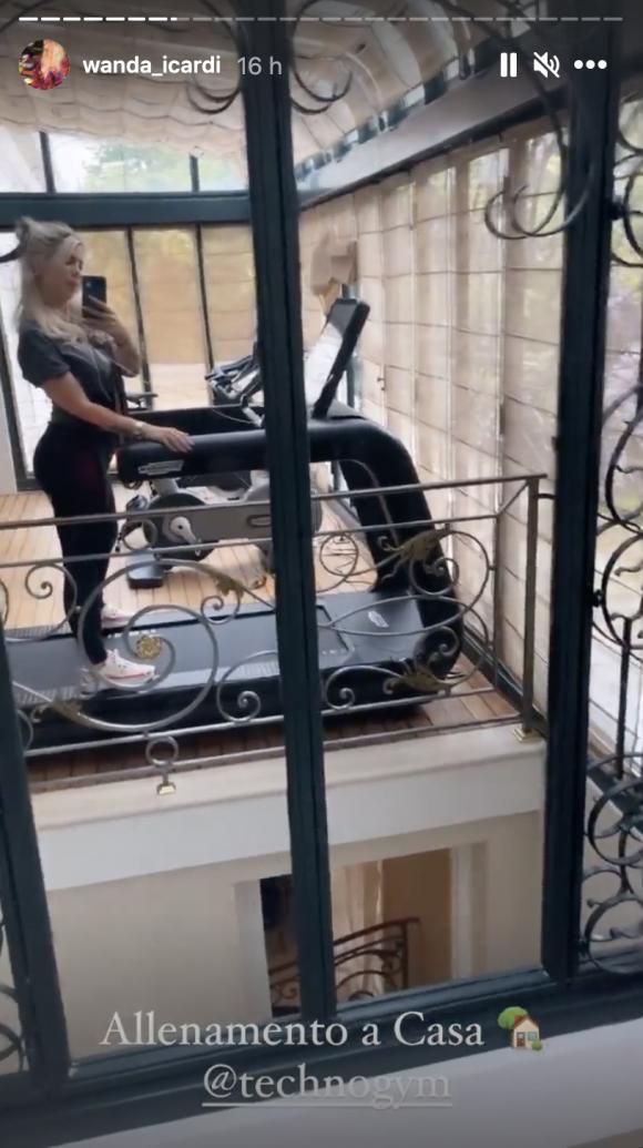 Wanda Nara mostró inéditas imágenes de su espectacular gimnasio en su casa parisina