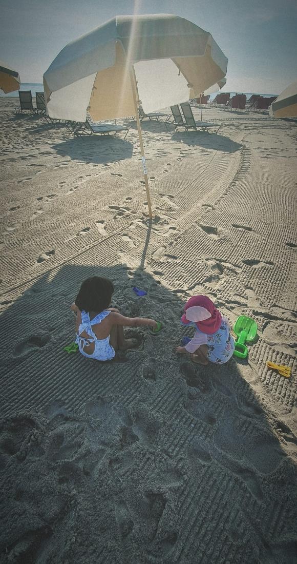 China Suárez, separada de Benjamín Vicuña y refugiada en sus hijas: sus imágenes de relax en Miami