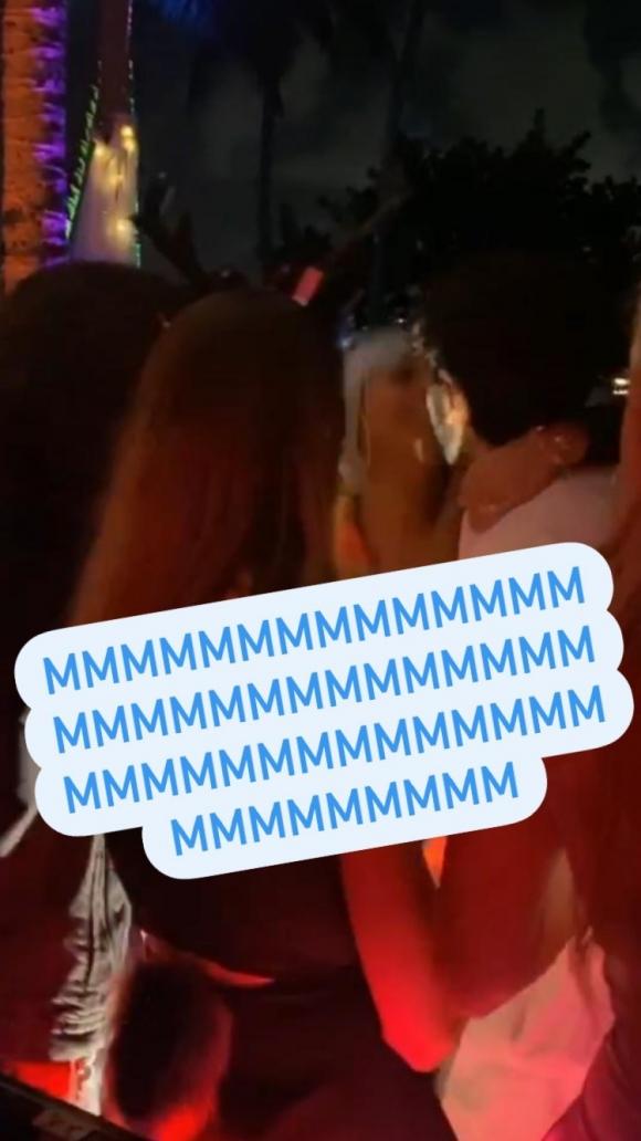 Sebastián Yatra, ¿a los besos con su amiga Lele Pons y con otra joven en una divertida fiesta en México?